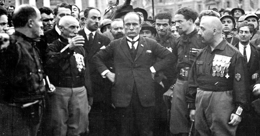 Il fascismo e la lunga coda di paglia dei liberali italiani